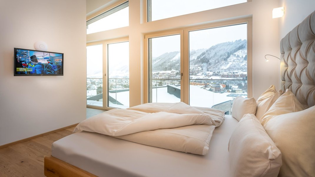Loft - Bedroom with fantastic mountain view